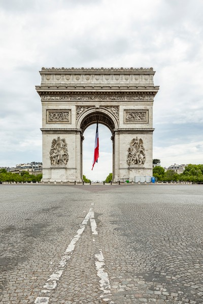 © sylvie Humbert - SH_CHAMPS-ELYSEES_TRICOLORE_03.jpg - protected by IMATAG