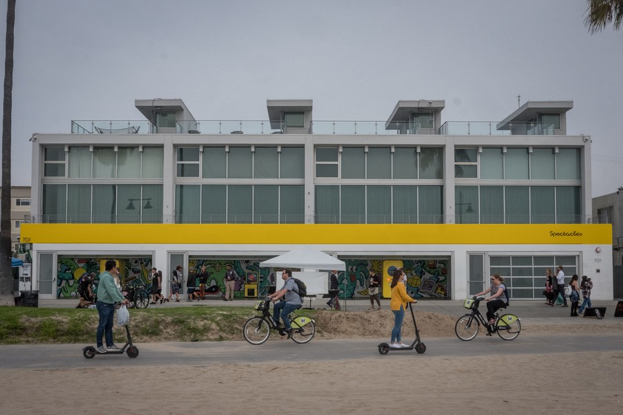 Thierry Secretan - Los Angeles 2017 - Snapchat's headquarters for Spectacles, Venice beach - protected by IMATAG