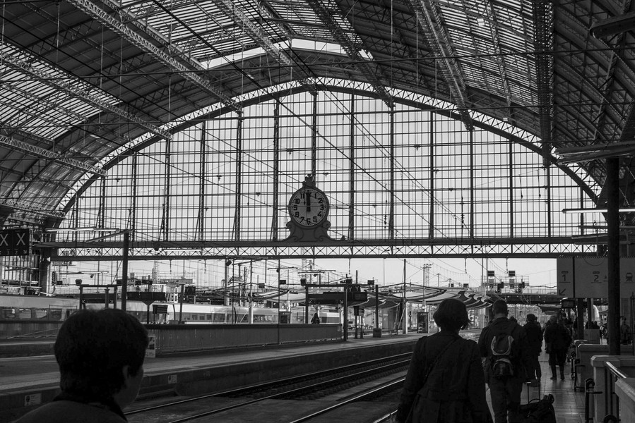 Thierry Secretan - DÉPLACEMENTS - La gare de Bordeaux - protected by IMATAG
