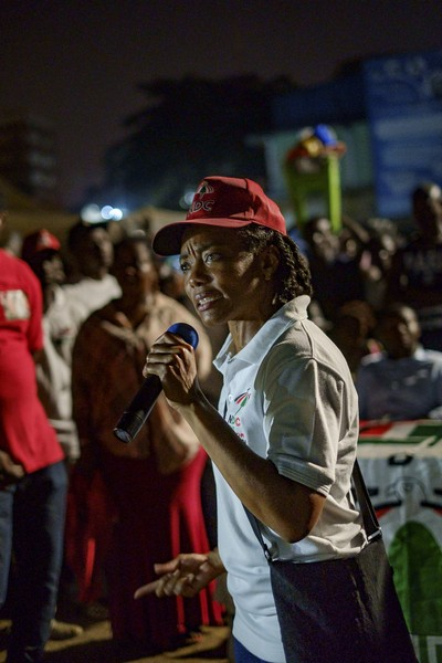 Thierry Secretan - ZANETOR AGYEMANG RAWLINGS CAMPAIGNING. EN CAMPAGNE ÉLECTORALE - protected by IMATAG