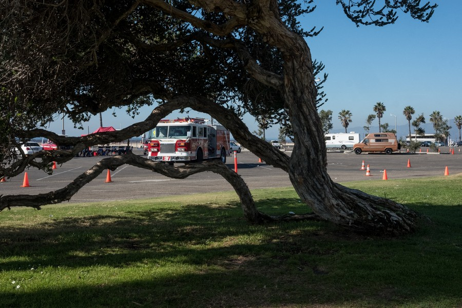 © Thierry Secretan - Los Angeles 2017 - Fire truck practice - protected by IMATAG