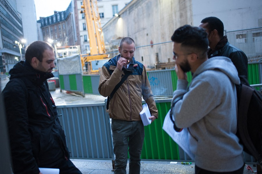Julien Hazemann - THE EARLY MORNING OF THE STRIKERS - Remy, Arnaud, Malik and Thierry meeting at St-Lazare train station around 6am. They will go to talk with the employees who haven't stopped wo... - protected by IMATAG