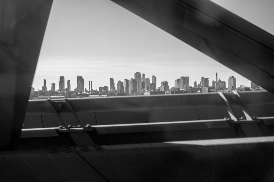 © Thierry Secretan - New Yok 2017 - On the way to Kennedy Airport - protected by IMATAG
