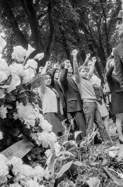 Alain Noguès - May 68 - Funerals of Gilles Tautin, a student drowned in the Seine river at Flins while trying to escape policemen. - protected by IMATAG